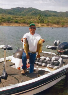 Guide Pedro with 2 nice Huites Bass