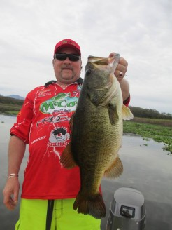 El Salto bass fishing in Mexico