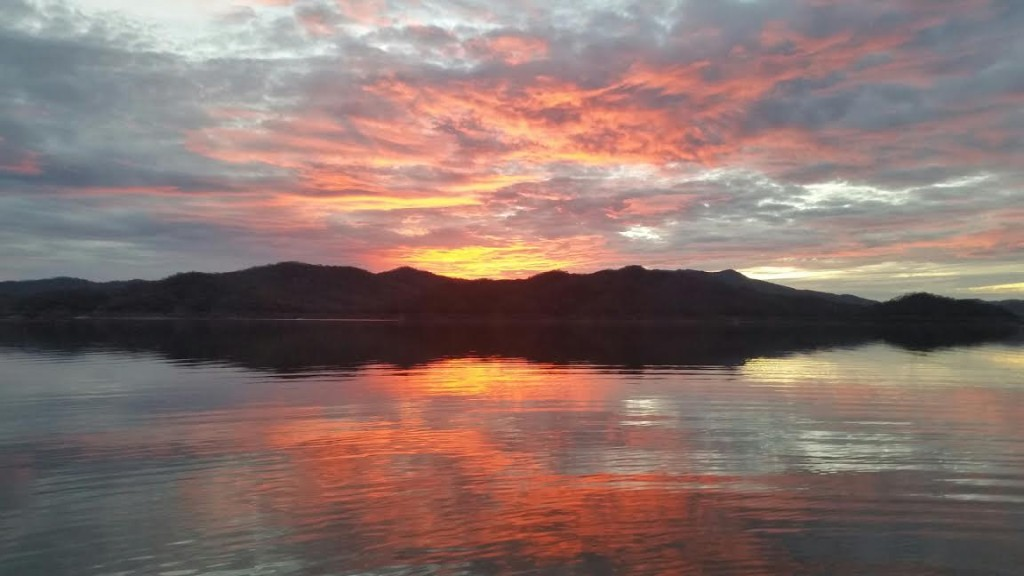 Lake Comedero bass fishing
